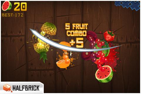飛んでくるフルーツをズバズバ斬りまくる『Fruit Ninja』。