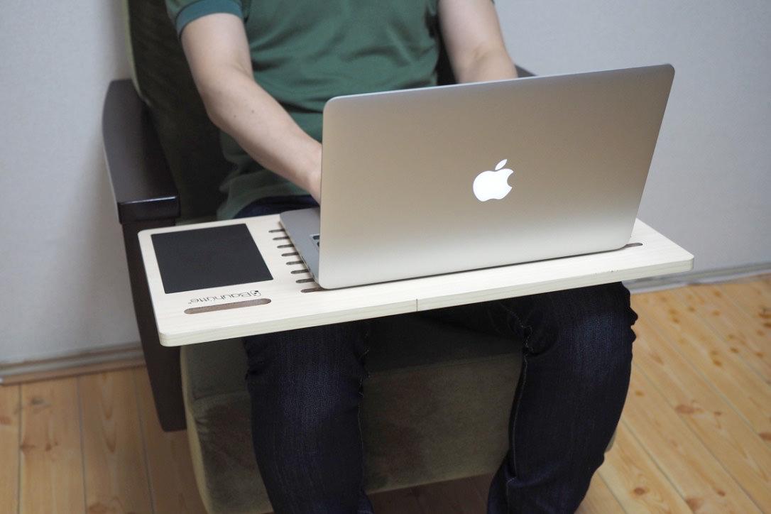 Bauhutte(バウヒュッテ)PCスマートボードで膝の上がデスクに