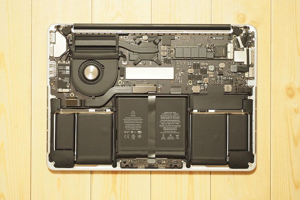 MacBookの中身