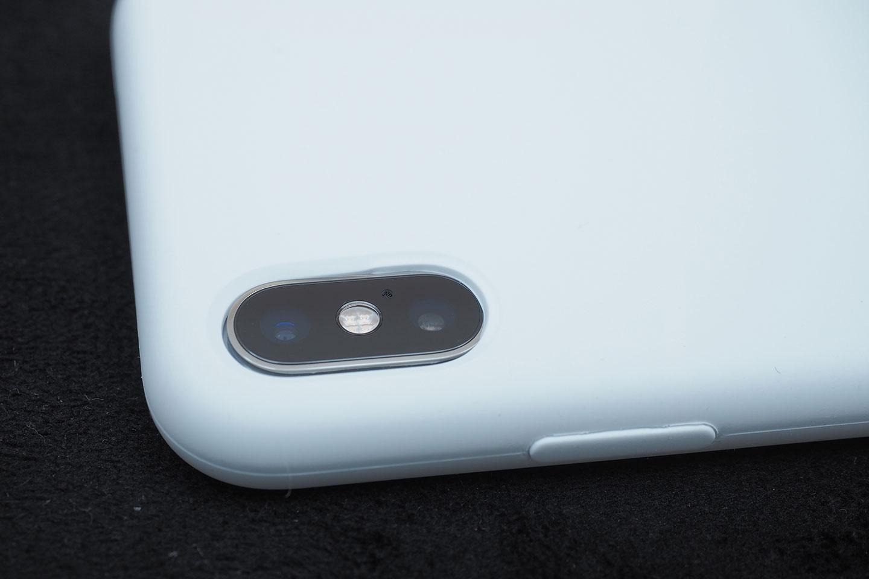BepackをiPhoneXSに装着してみたところ。